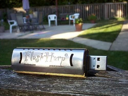 Make Data Music With the FlashHarp USB Harmonica