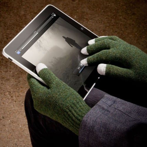 Stay in Touch with Etre Fivepoint and Touchy Winter Gloves
