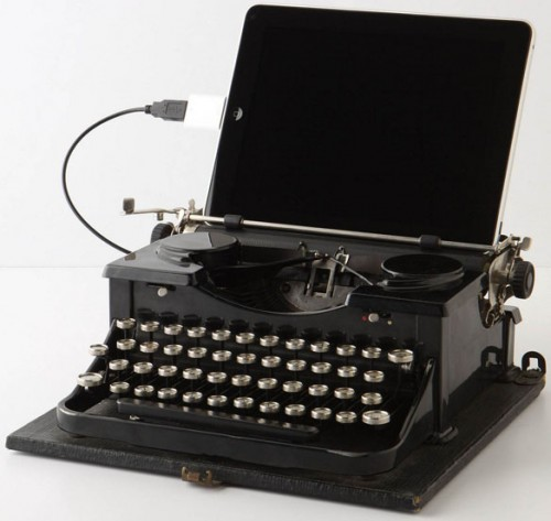 USB Royal Typewriter Takes Trip Down Memory Lane
