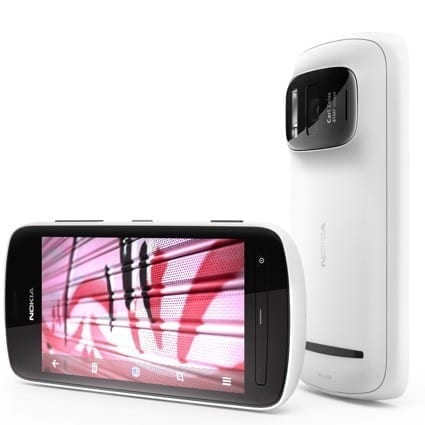 Nokia Unleashes the 808 PureView With a 41-Megapixel Camera