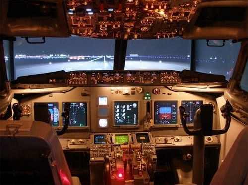 Man Spends 20 Years Building Flight Sim in Real Cockpit