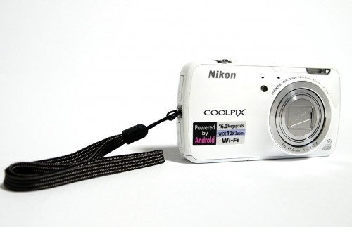 MEGATech Reviews - Nikon COOLPIX S800c Android Digital Camera