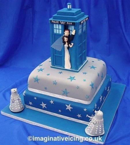 doctor-who-wedding-cake