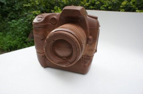 solid-chocolate-camera-1-550x365