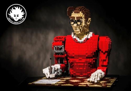 Legonardo-lego-robot-that-paints