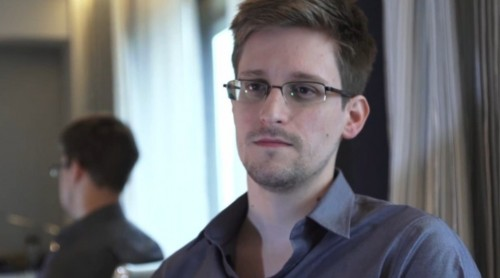 Edward Snowden Stole Classified Documents Using Banned Thumb Drive
