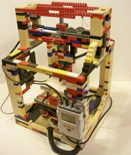 Legobot-LEGO-3D-Printer