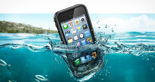 iOS 7 Waterproof Prank Leads to Ruined iPhones, Angry Users