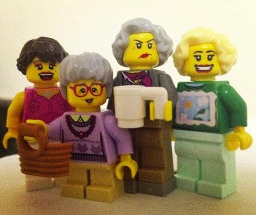 Golden-Girls-Lego-Minifigs-1