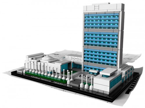 LEGO-Architecture-United-Nations-Headquarters-21018