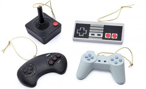 classic-video-game-controller-ornament-set-1
