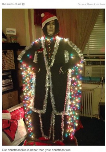 snape-christmas-tree