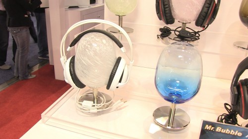 MEGATech Videos - CES 2014 Episode #1 - Mobile Accessories from InWin, ADATA, LUXA2, Corsair and Creative Sound Blaster