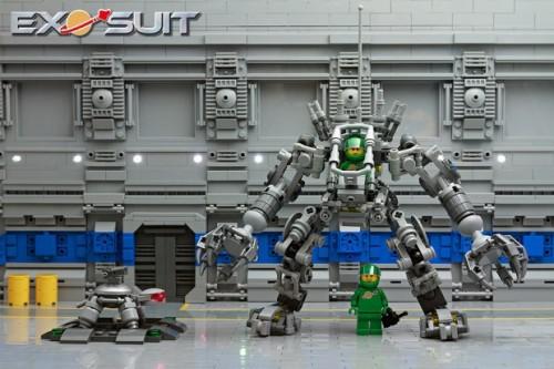 lego-exo-suit-by-peter-reid-620x413