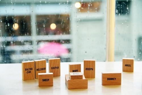3038970-slide-s-3-a-minimalist-nativity-set-made-of-wood-blocks
