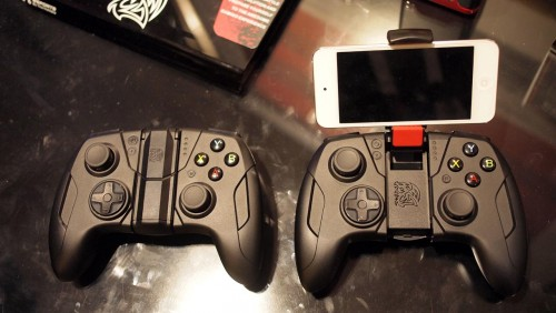 CES 2015 - Tt eSports Contour Controller Gears Up to Game on iDevices