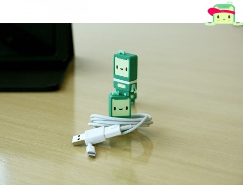 Must Have: Ryo Reversible USB Adapter