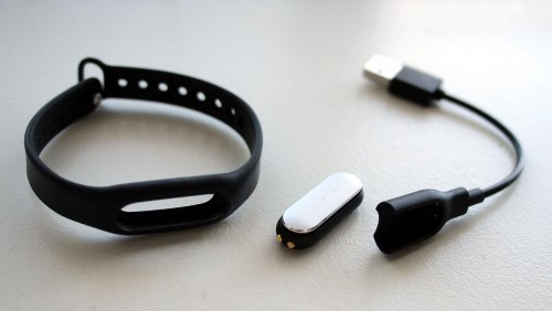 MEGATech Reviews: Xiaomi Mi Band Fitness Tracker