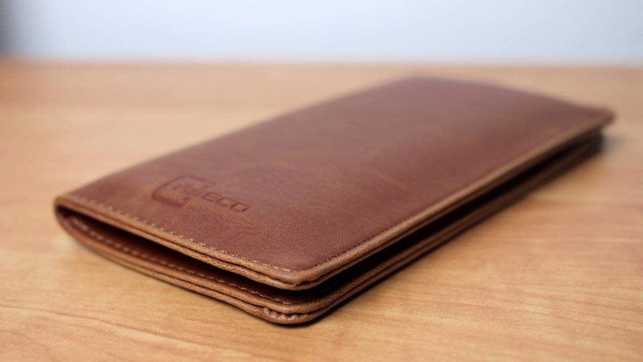 MEGATech Reviews: Caseco Fone Wallet Universal Smartphone Case