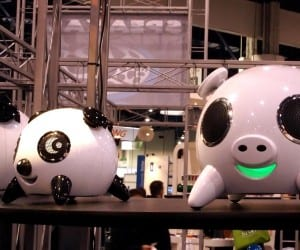CES 2011 - Funky Speakers from Speakal