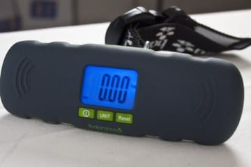 MEGATech Reviews - The Balanzza Mini Digital Luggage Scale (Video)