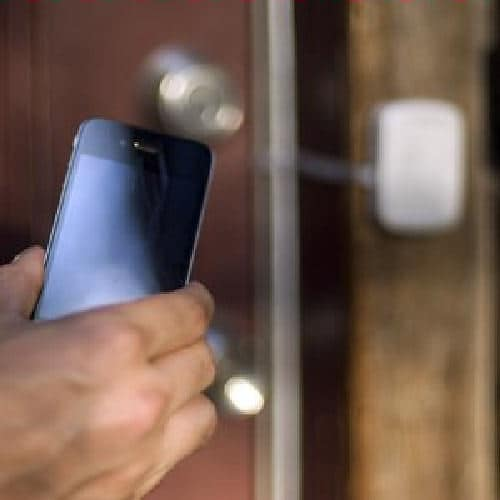 Phantom Keyless Home Entry Uses Your Phone To Unlock Your Door