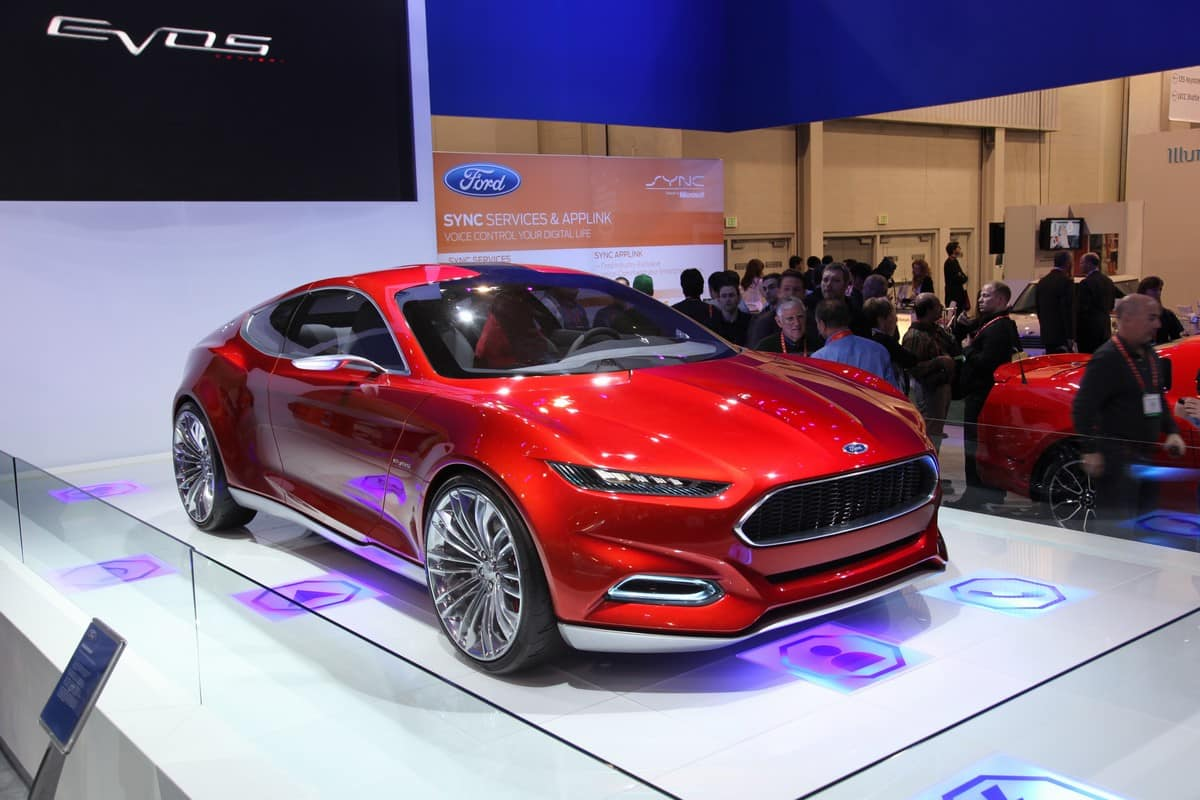 CES 2012 - Ford Revamps Touch Experience and Offers New Smartphone Features For The Road