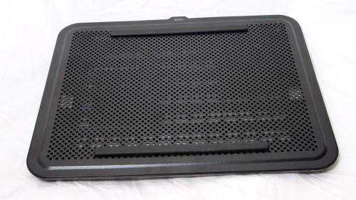 MEGATech Reviews - NZXT Cryo E40 Lightweight Notebook Cooler