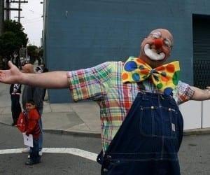 Steve Jobs's Stolen iPad Winds up in Street Clown's Show