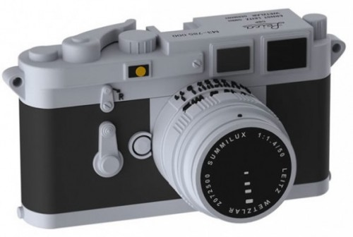 leica-m3-usb-flash-drive-1-590x397