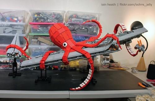 MEGATechNews Showcase - Even More LEGO Creations Including a Kraken Tearing Apart an Imperial Super Star Destroyer