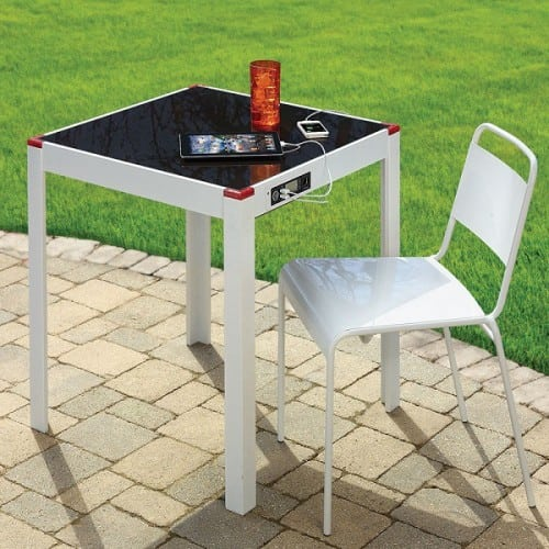 Solar-Charging-Patio-Table