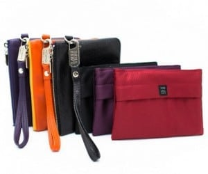 Fashionable Ladies Charge on the Go with Everpurse