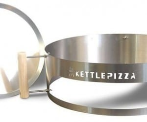 Grill a Pizza? KettlePizza Says Yes, You Can!