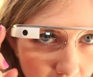 Google Glass Getting Update with Video Player, Improved Voice Controls, More