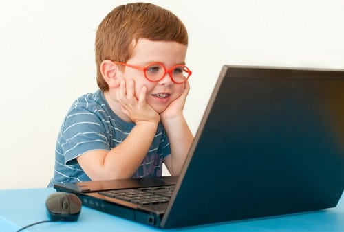 Canadian Study Shows Laptop Use in Class Affects Grades Negatively