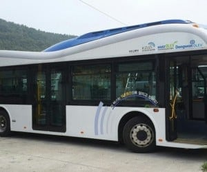 Electric Buses Take Wireless Charging To a Whole New Level