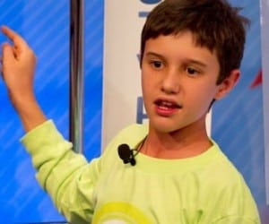 Florida Sixth Grader Invents Sandless Sandbag