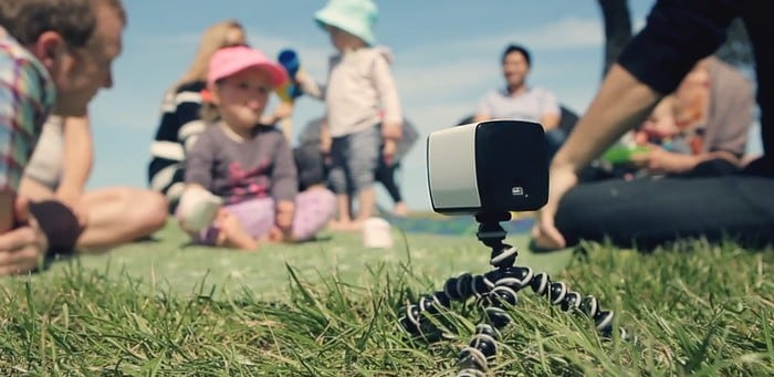 The Quebee is Your Own Personal Cameraman