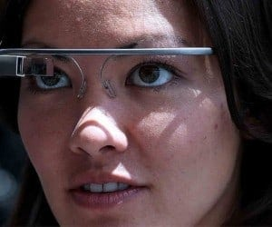 Google Glass Getting Major Update With Hangouts, YouTube, Winks