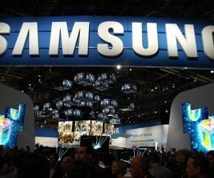 Samsung May Bring Foldable Phones to MWC 2017