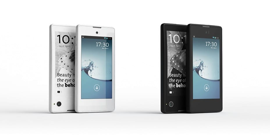 Yota Announces New, Improved YotaPhone at Mobile World Congress
