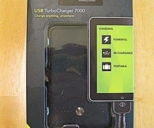 MEGATech Reviews: Proporta USB TurboCharger 7000 Emergency Charger