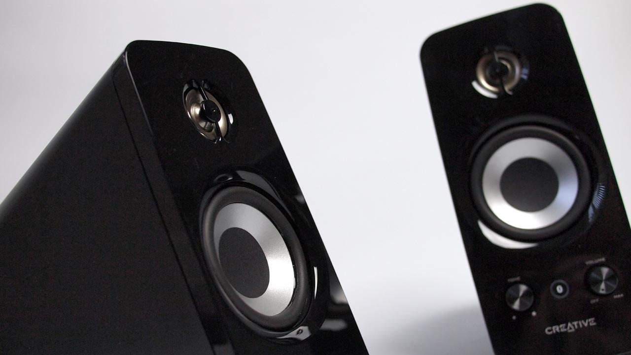 MEGATech Reviews: Creative T15 Wireless Bluetooth 2.0 Speaker Set