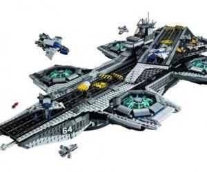 LEGO Unveils Marvel S.H.I.E.L.D. Helicarrier Playset
