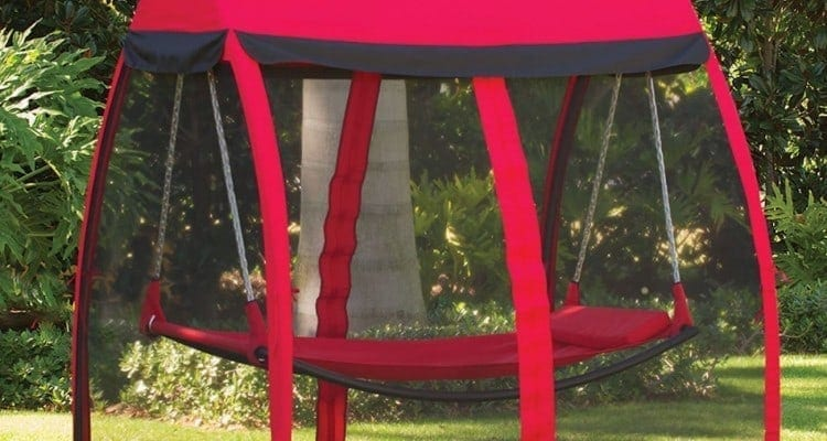 Enjoy Summer With a Mosquito Thwarting Hammock