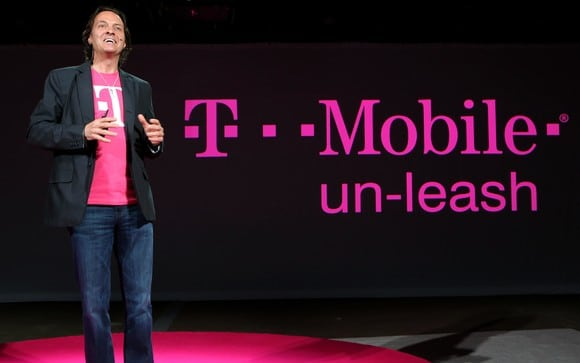 T-Mobile Trying to Poach Verizon Customers with #NeverSettle Campaign
