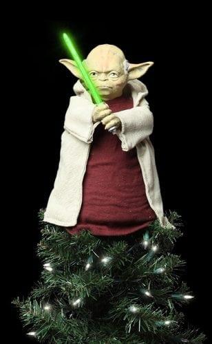 star-wars-lighted-yoda-tree-topper