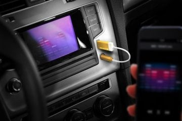 TUNAI Firefly Easily Adds Bluetooth Audio to Any Car