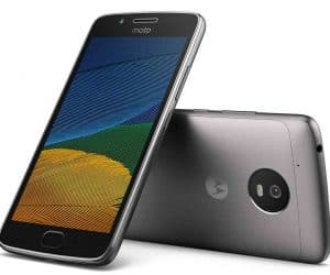 The Moto G5 Plus and its Wimpy Little Brother